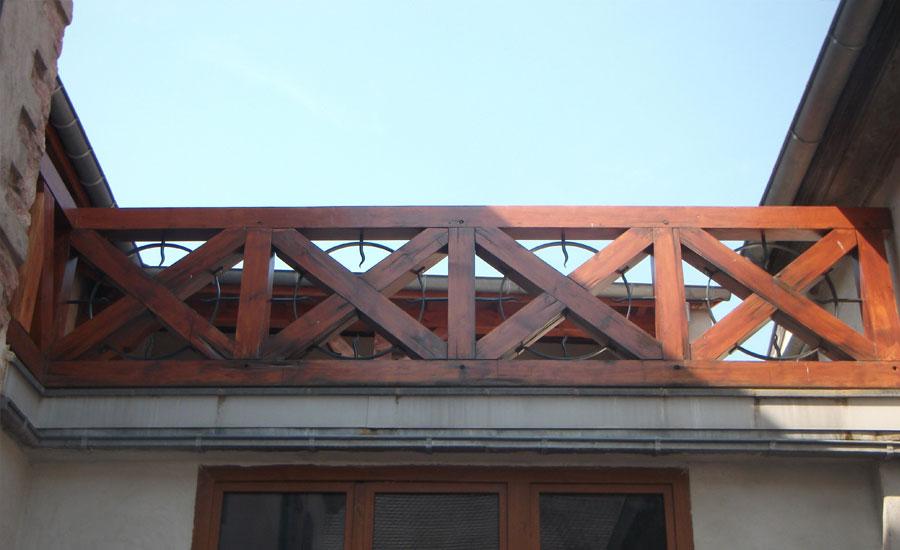 Feu fer forgebalustrade en bois s curis e bergheim feu for Port fer forge 2013